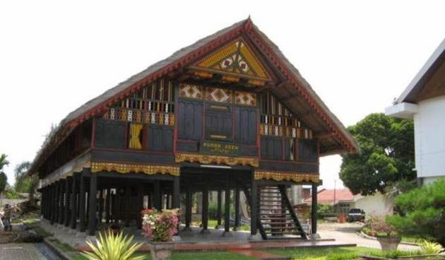 rumah adat sumatera-rumah adat aceh
