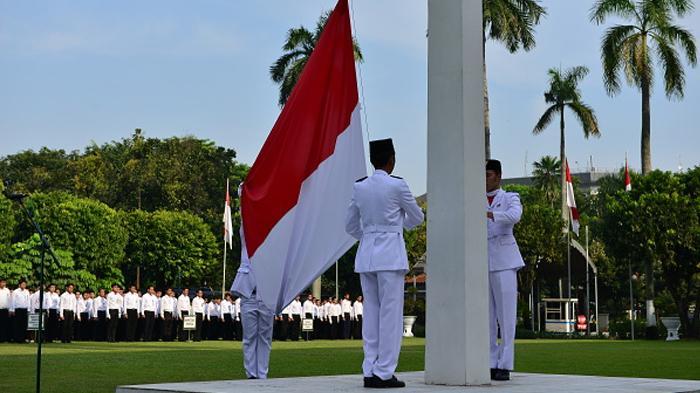 pembukaan upacara bendera